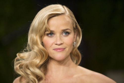 i-capelli-con-onde-di-reese-witherspoon.jpeg