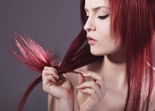 doppie-punte-eliminare-far-sparire-combattere-impacco-ingredienti-naturali-rimedio-naturale-capelli-bellezza-estate.jpg